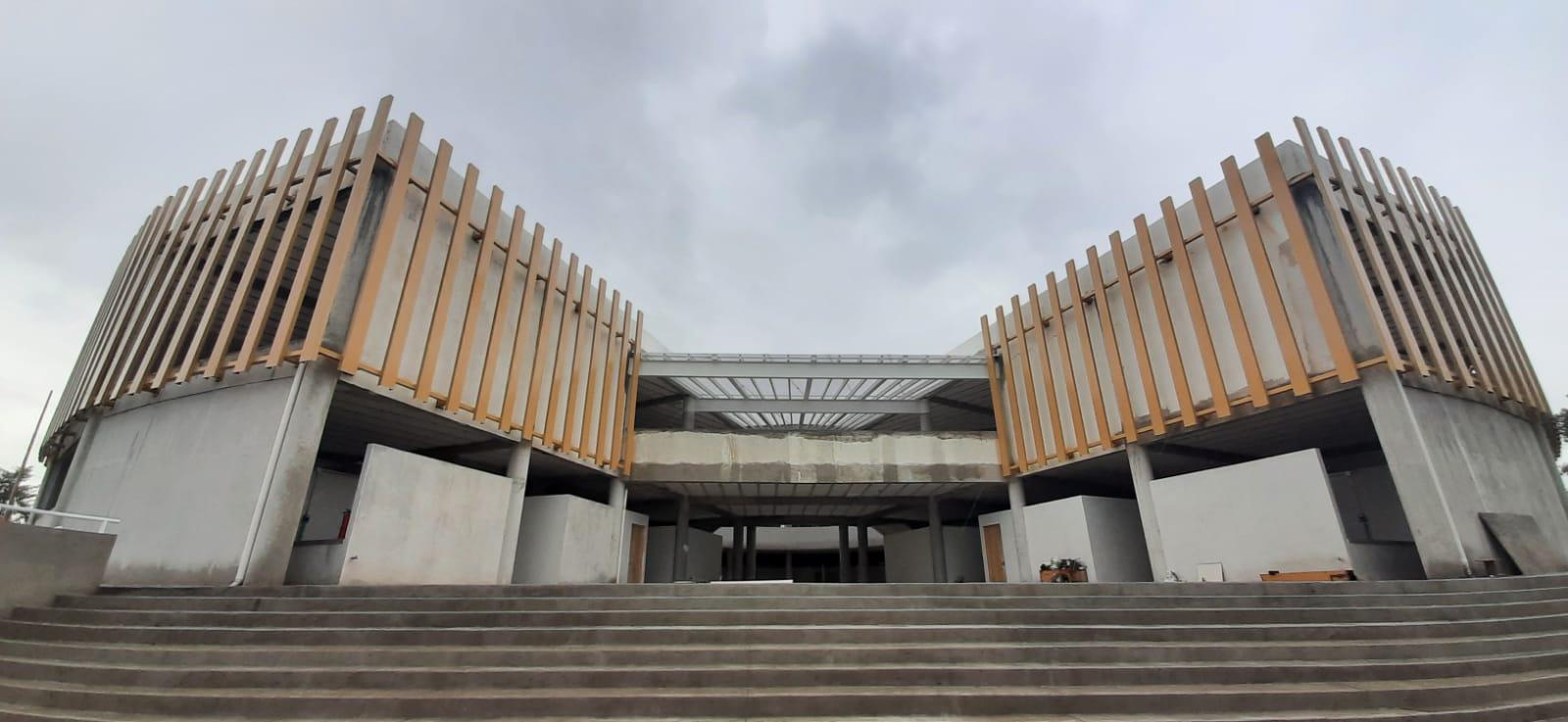 Al 80 por ciento avanza el criticado Mercado Municipal de Tecamachalco