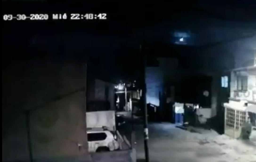 VIDEO Registran caída de meteorito en Puebla