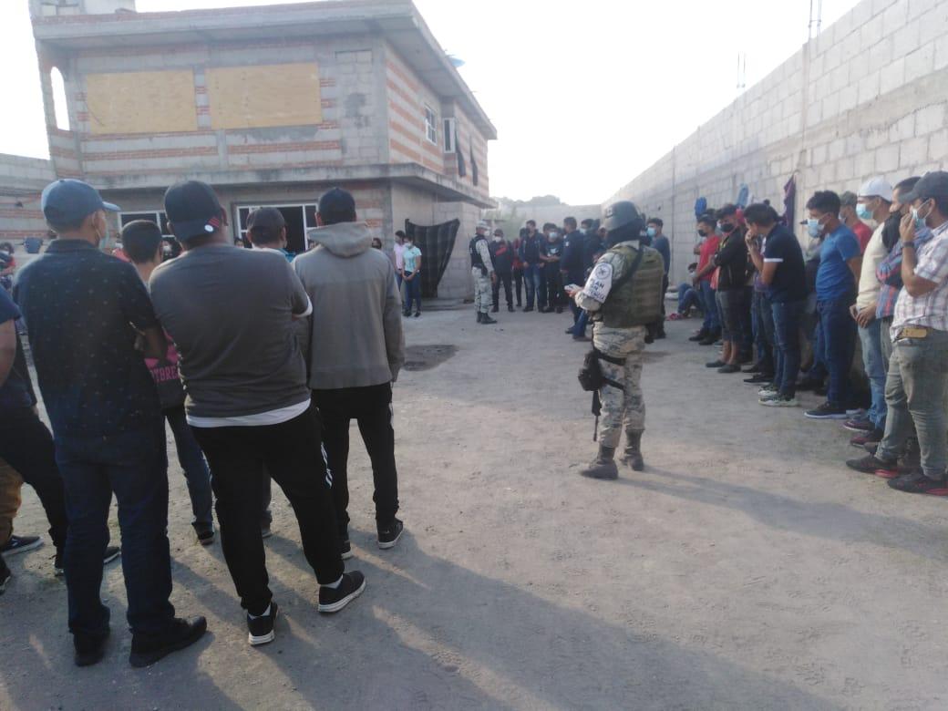Rescatan a 209 migrantes en límites entre Puebla y Tlaxcala