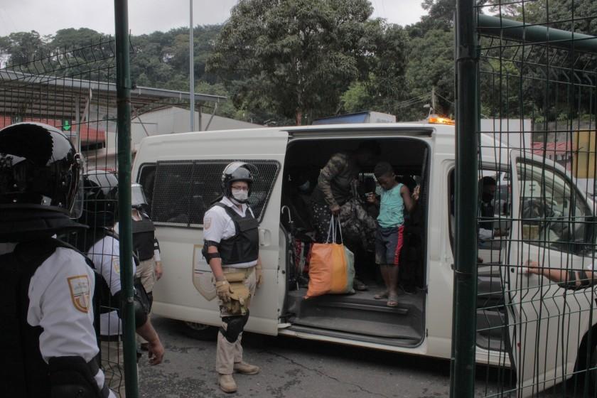 Más de 300 migrantes haitianos logran pasar retén en Ciudad Victoria