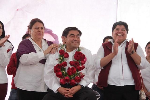 Reconoce Karina Pérez a Barbosa por combate a la corrupción e inseguridad