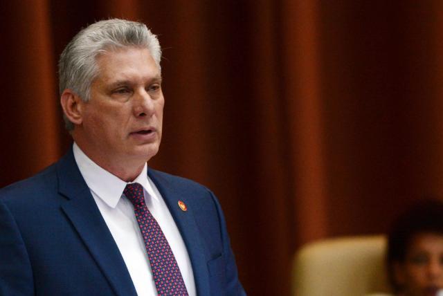 Por primera vez en 60 años civil asume el control total de Cuba