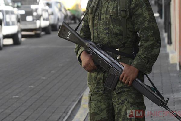 Operativo toma por sorpresa a locatarios de Mercado Morelos