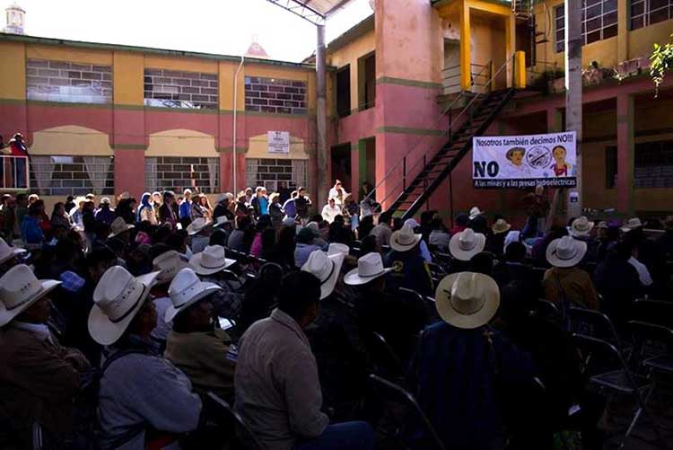 Entregan a mineras 40.5 % del territorio de Tlatlauquitepec