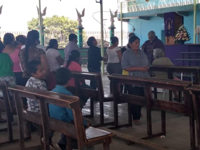 En Tepexco y Chiautla de Tapia continúan aglomeraciones de personas