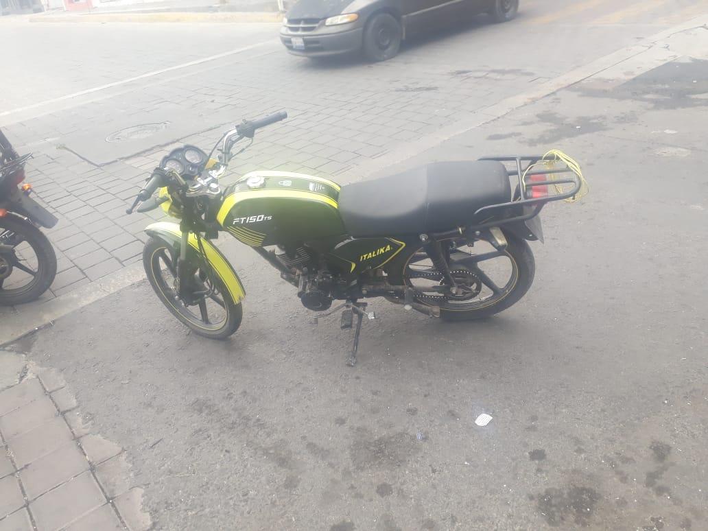 En filtro de seguridad recuperan moto con reporte de robo en Tecamachalco
