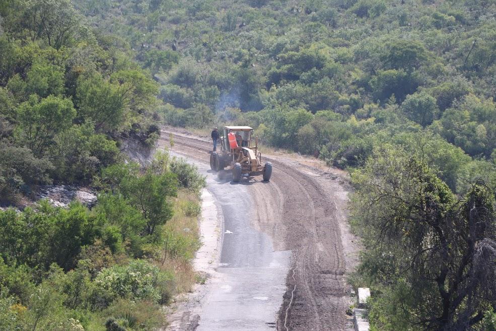 Destinan 154.64 mdp a obras carreteras en 12 municipios poblanos