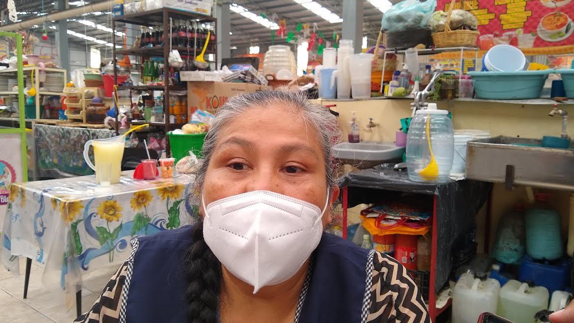 Pandemia pega a fondas de Tehuacán en temporada de Mole de Caderas