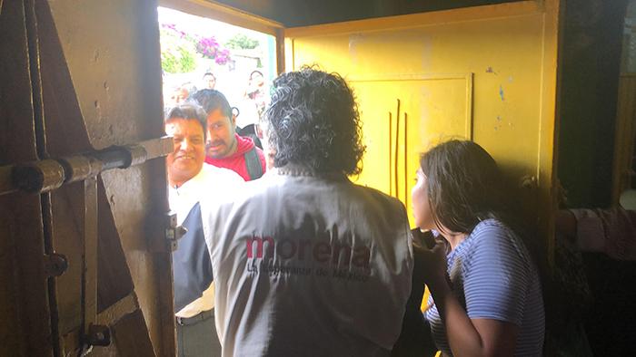 Con 2 horas de retraso comienza asamblea de Morena en Atlixco