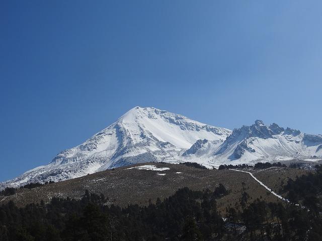 Piden autoridades tomar precauciones si visitan el Nevado de Toluca