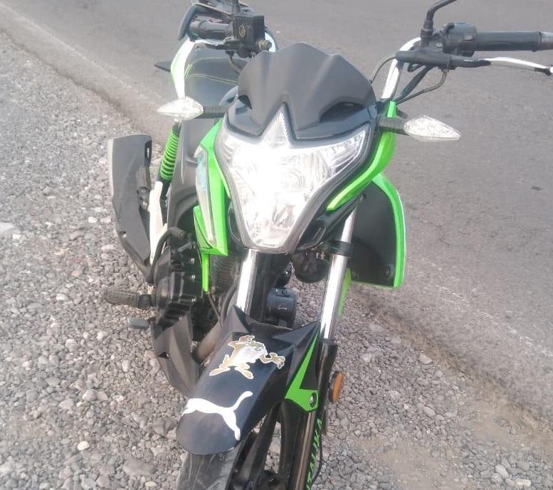 Roba motocicleta y la abandona en reten oficial en Tecamachalco