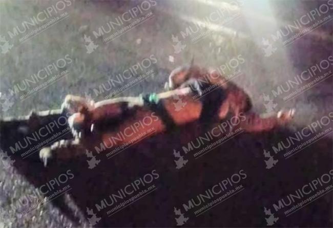 Joven motociclista derrapa y autos le pasan encima en la Puebla-Orizaba