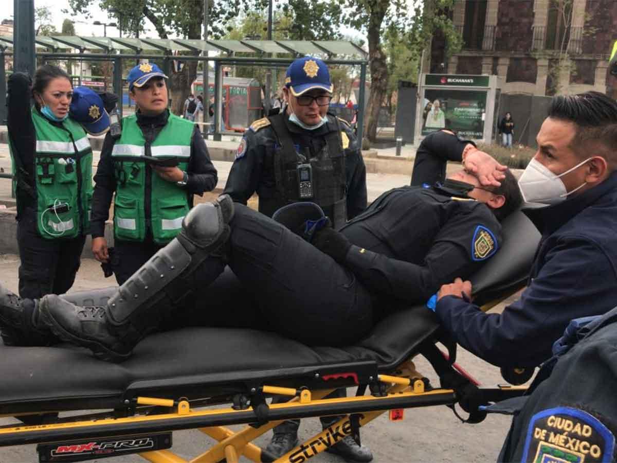 Al momento se registran 15 policías y 4 civiles lesionadas por marcha 8M en la CDMX