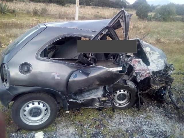 Fuerte accidente dejó dos muertos en la Oriental-Zacatepec