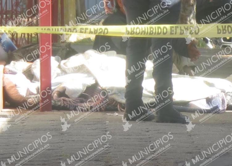 Muere mujer frente a iglesia en Puebla; tenía problemas para respirar