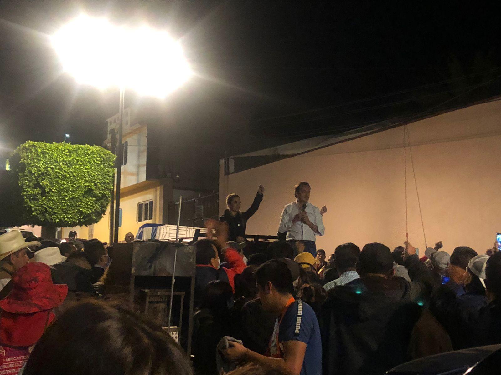Nacho Mier se declara ganador de los comicios en Tecamachalco