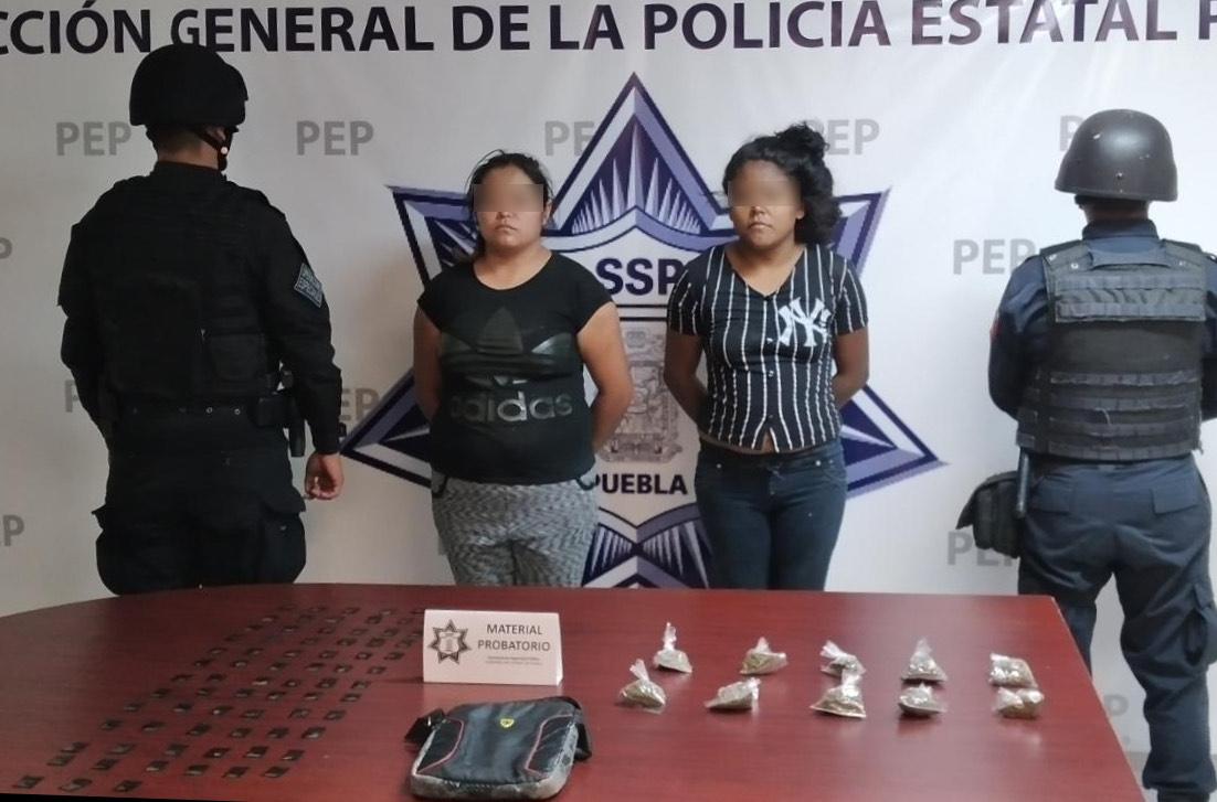 Caen narcovendedoras de La Tita con 86 dosis de droga en  Puebla