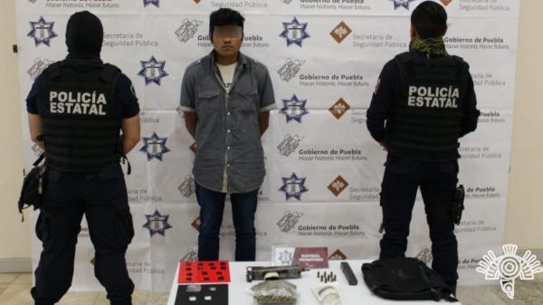 Detienen en Atlixco a menor de edad que vendía droga por redes sociales