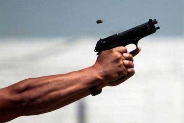 Hacen narcofiesta y disparan al aire en el Centro Histórico de Puebla