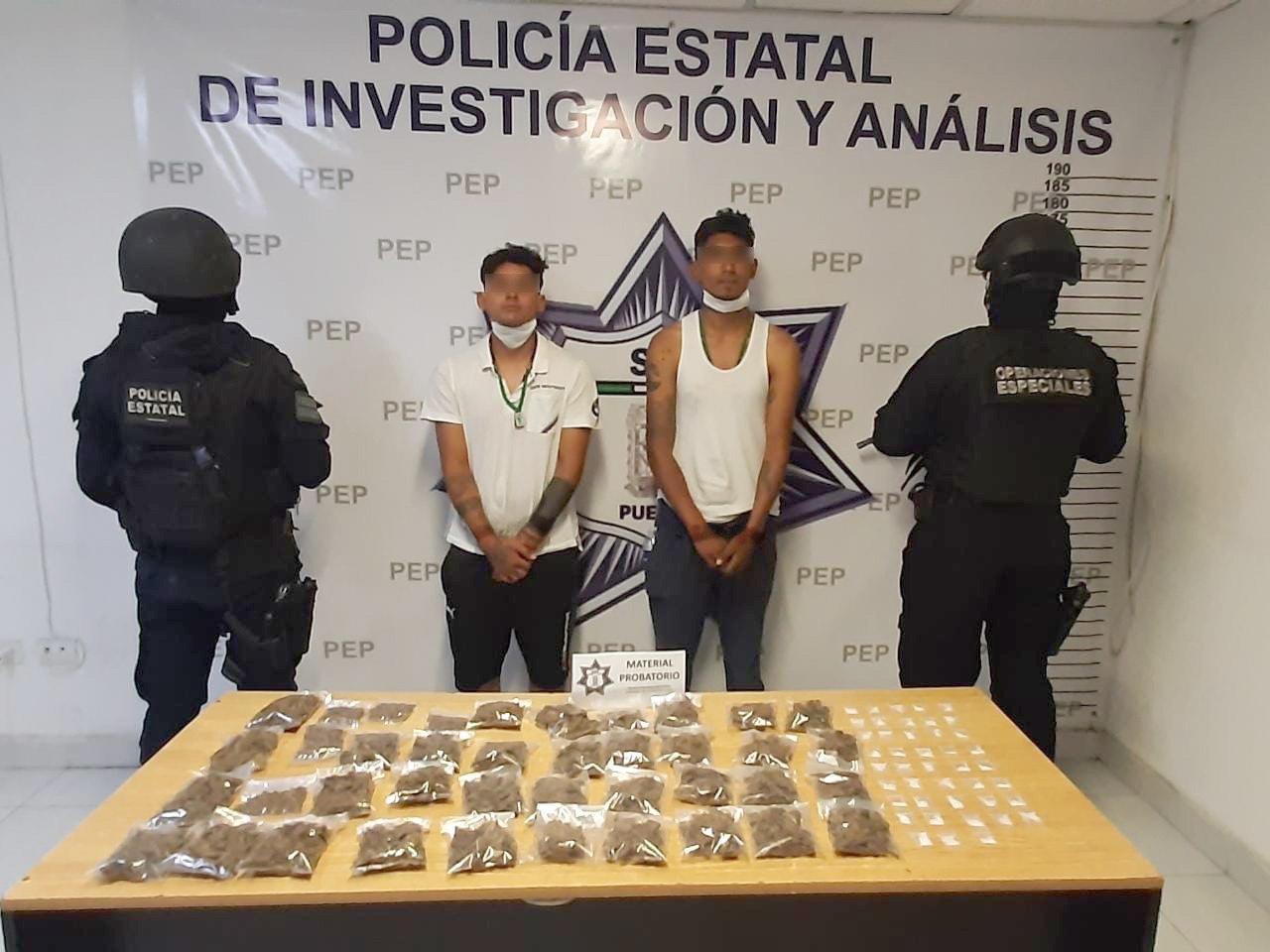 Detienen a narcomenudistas con un kilo de marihuana en Plaza Loreto