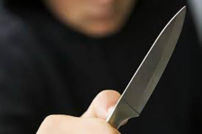 Hijo mata a su padre a navajazos en Tepexco