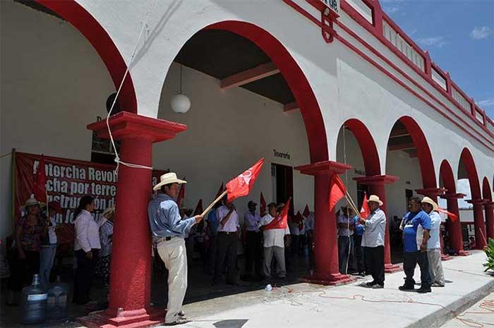 Tras negociación, Antorcha libera presidencia de Xayacatlán