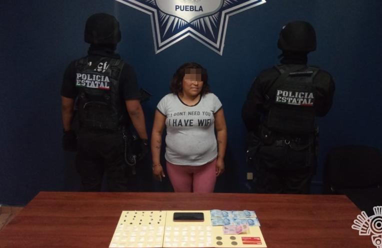 Cae La Negra; surtía de puntos de venta de droga a la banda La Resurrección