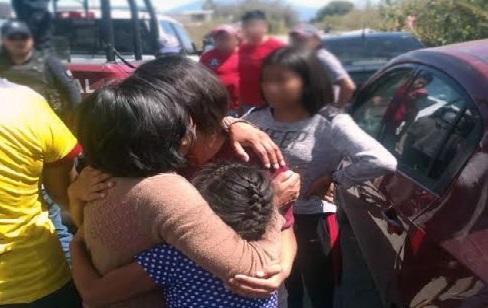 Rescatan a dos niñas en Xalmimilulco tras intento de extorsión