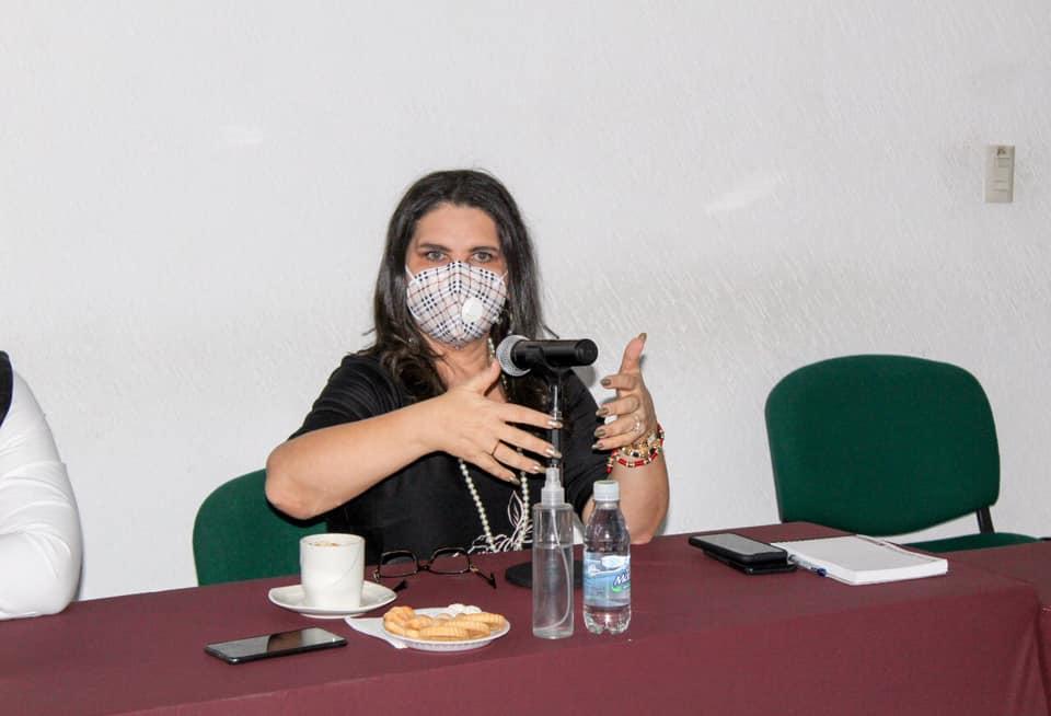 Norma Layón busca alianzas con empresarios de la CMIC