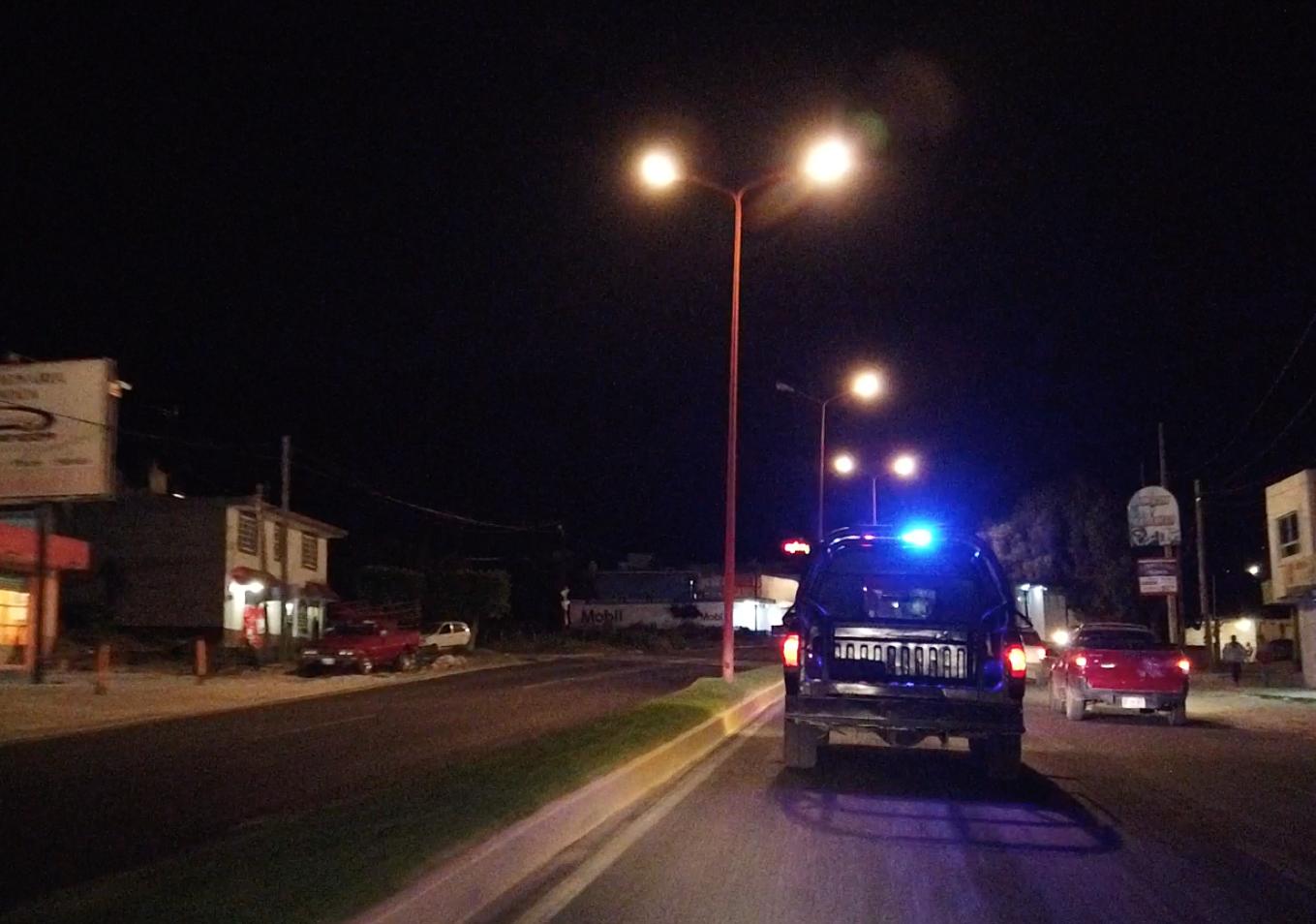 Policías recuperan camioneta robada tras persecución en Tecamachalco