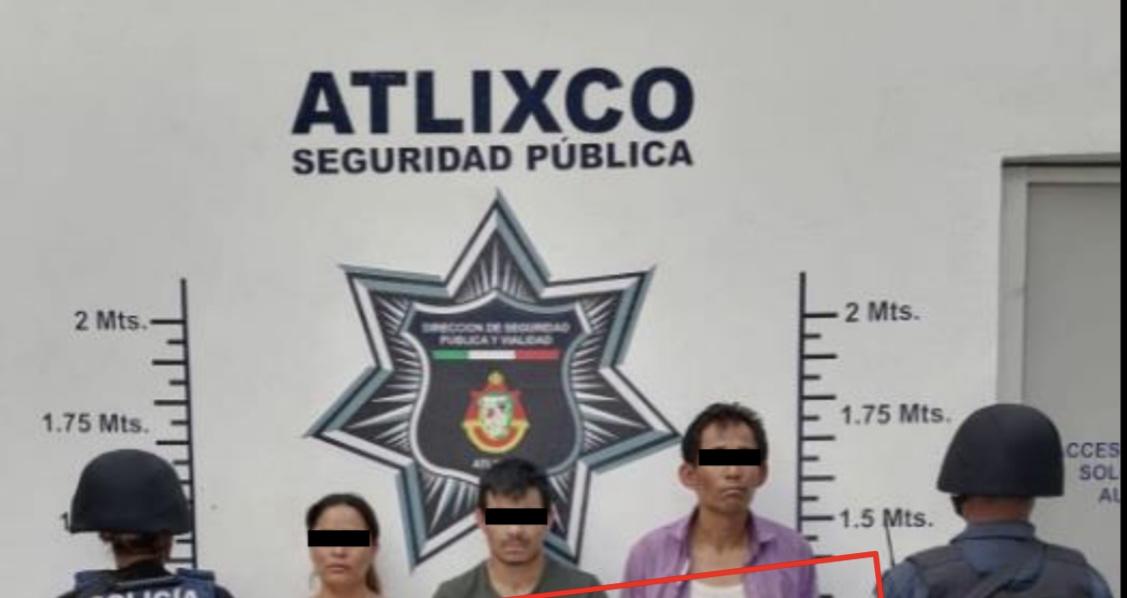 Se fueron a drogar al Ovni de Atlixco y la policía los sorprende