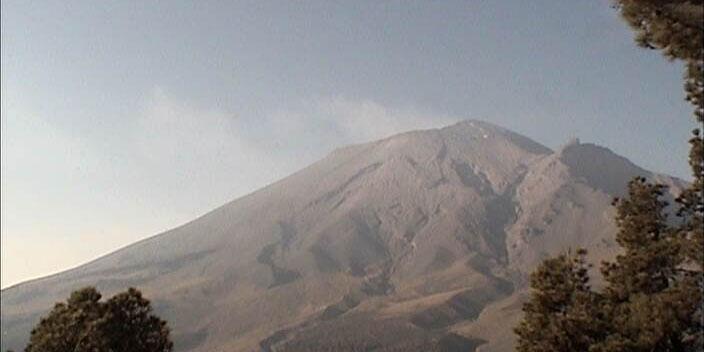 Popocatépetl, con 42 exhalaciones en 24 horas