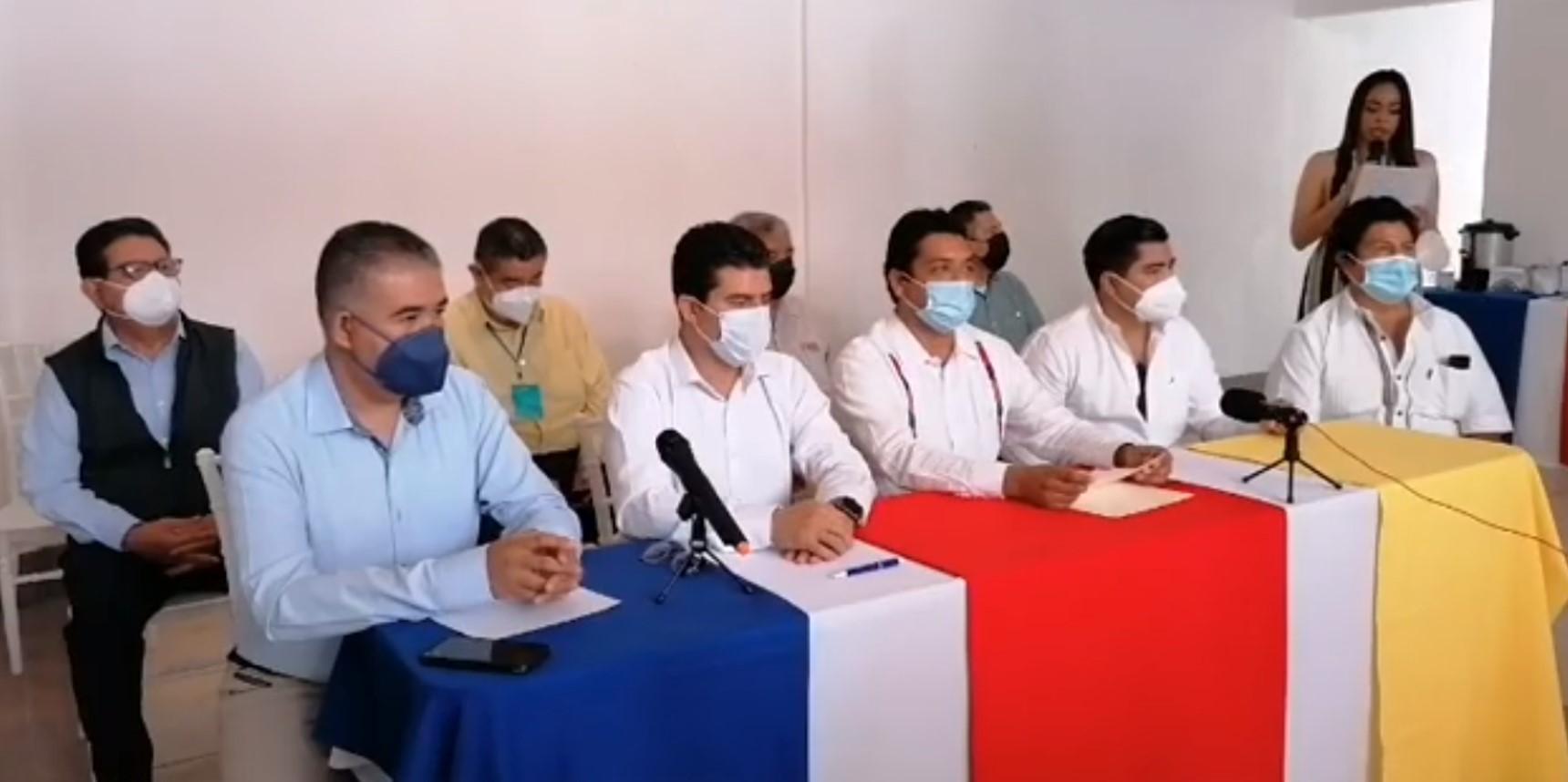 PRI, PAN Y PRD firman pacto para rescatar a Izúcar