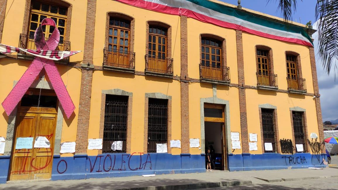 Reabren alcaldía de Pahuatlán, tras multihomicidio