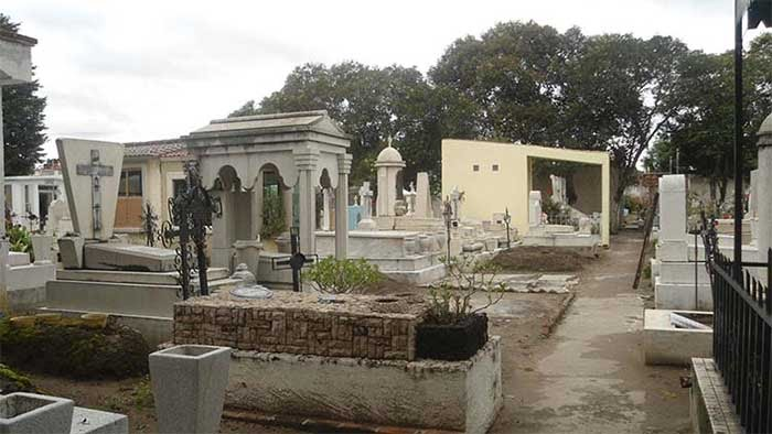 Panteones de Texmelucan, sin espacios para inhumaciones