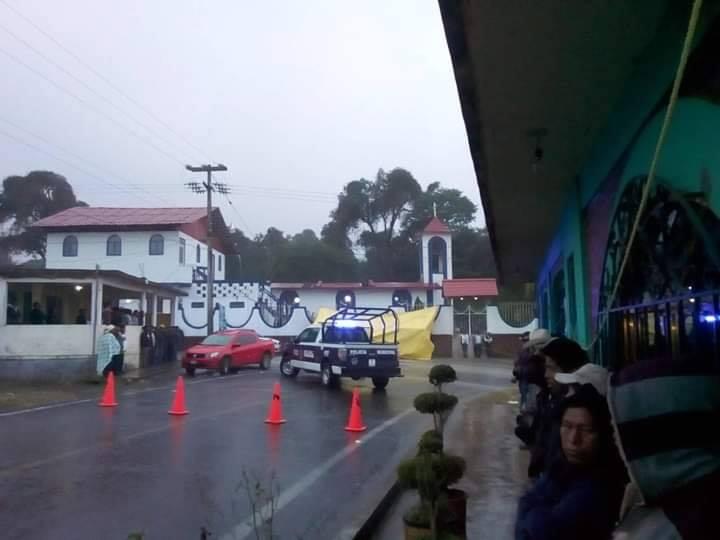 Bloquean caminos y logran disminuir tarifa del pasaje en Huauchinango