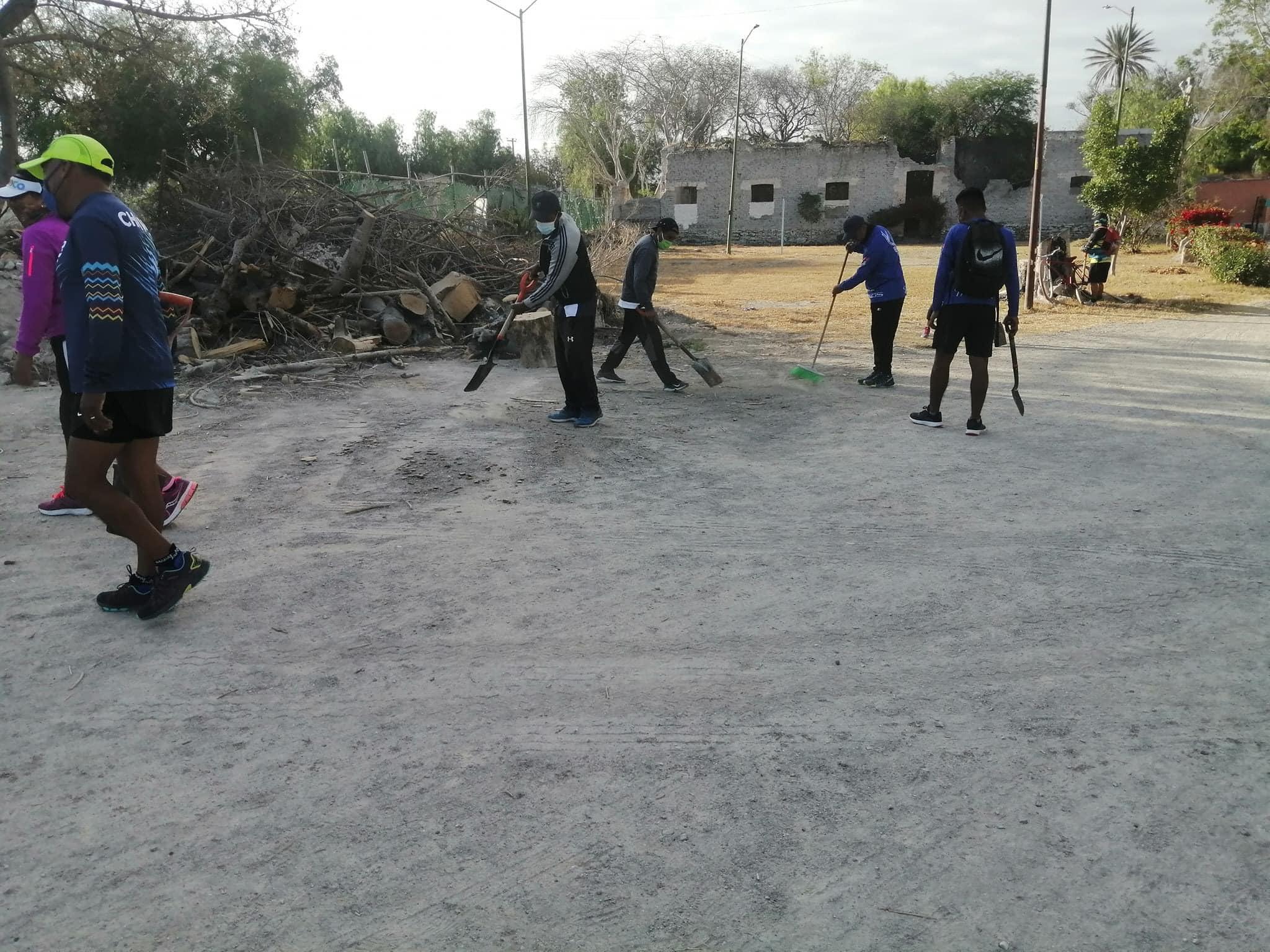 Deportistas inician jornadas de limpieza para el rescate del parque El Riego en Tehuacán