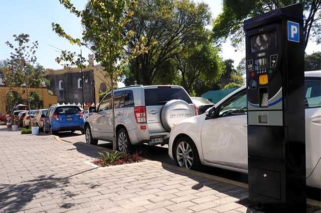 Inicia cobro de estacionamiento con parquímetros en San Pedro Cholula