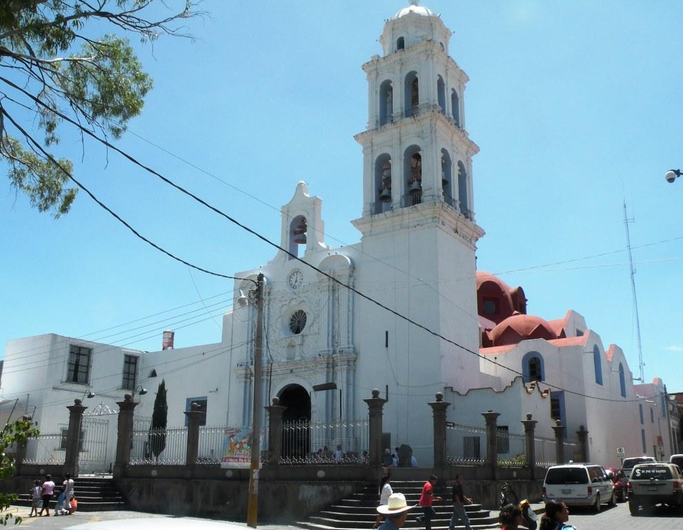 Por Covid parroquia de La Asunción en Izúcar abre línea telefónica para sus feligreses