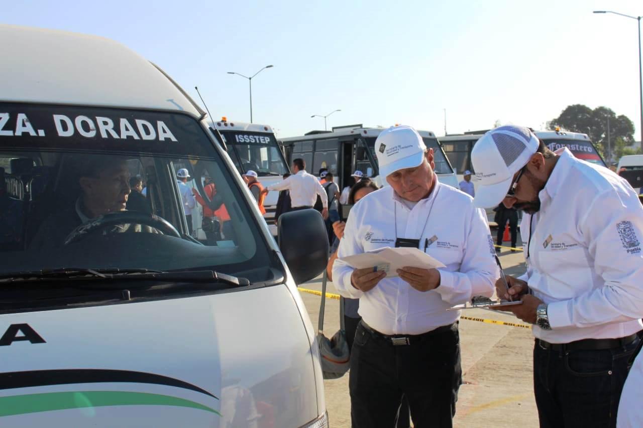 Aréchiga reactivará pase de revista a transporte público de Puebla