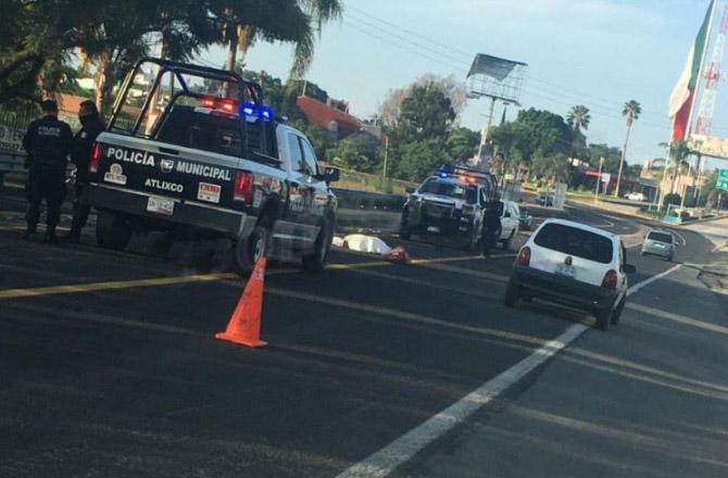 Camioneta embiste y mata a pastor en Atlixco