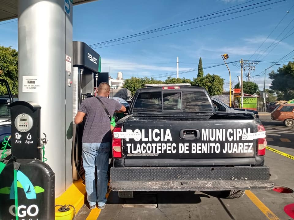 Tlacotepec recupera patrullas decomisadas en operativo contra policías