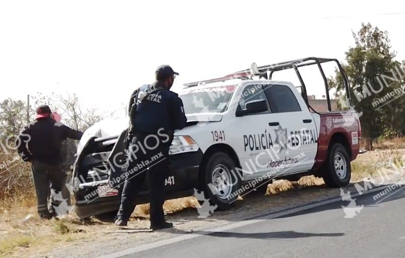 Patrulla se ve involucrada en accidente vial en Tecamachalco