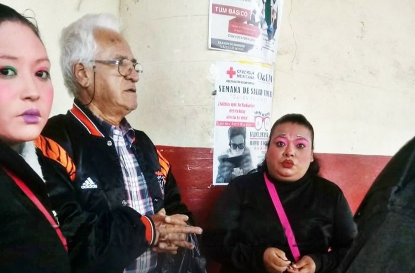 Payasitas se pelean la plaza en Zacapoaxtla