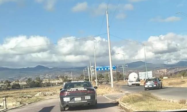 Tras balacera Policía Federal asegura pipa en Tlalancaleca