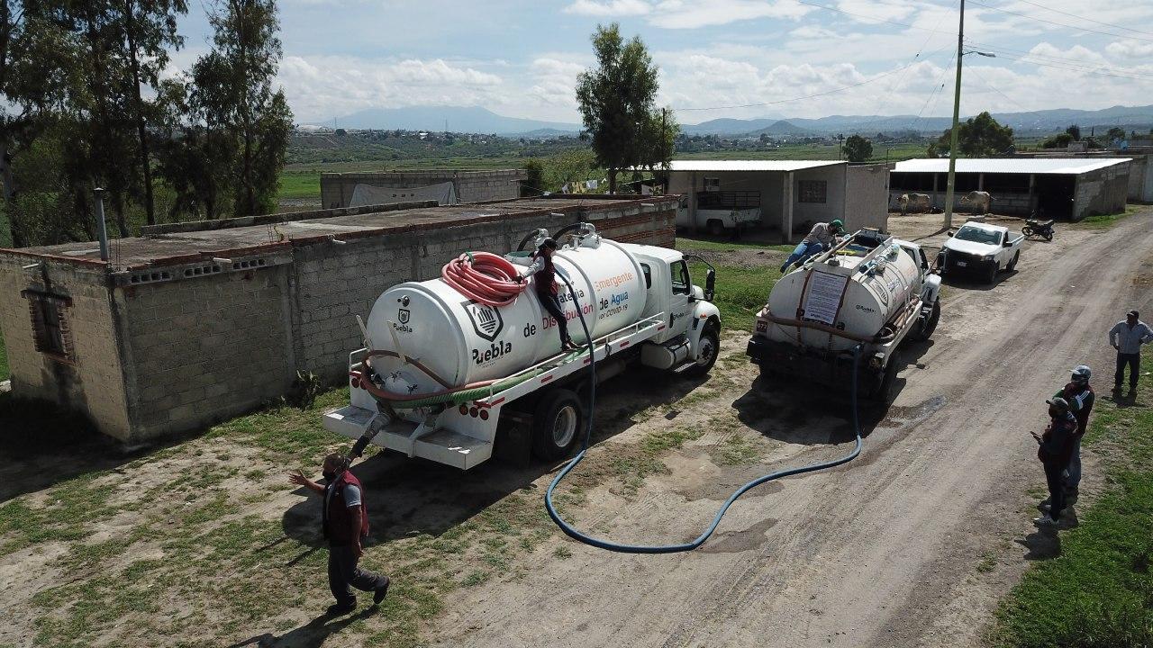 Ayuntamiento de Puebla entrega 4 millones de litros de agua a 2 mil familias