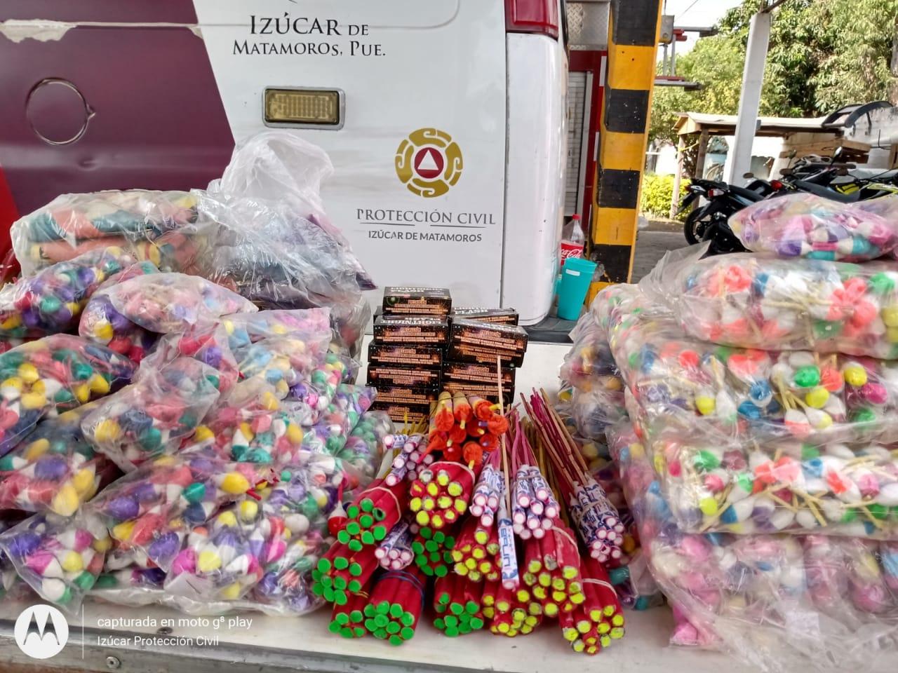 Decomisan 80 kilos de pirotecnia en Izúcar