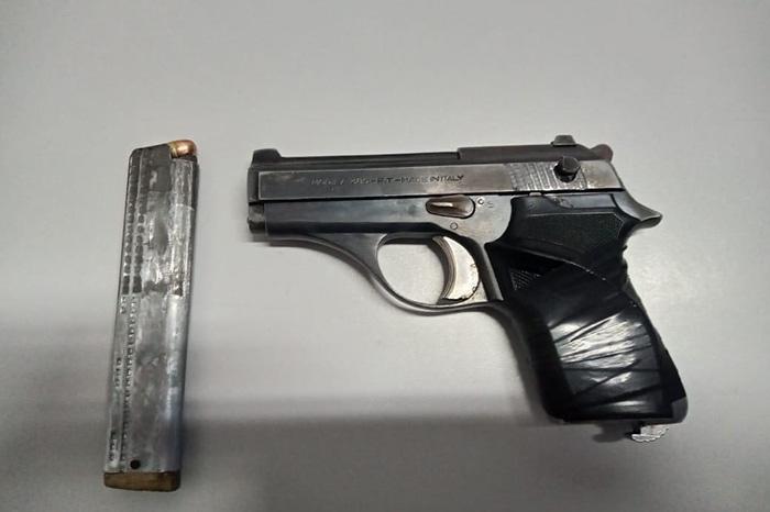 Aseguran a 5 sujetos con un arma y 123 envoltorios con cocaína en Texmelucan