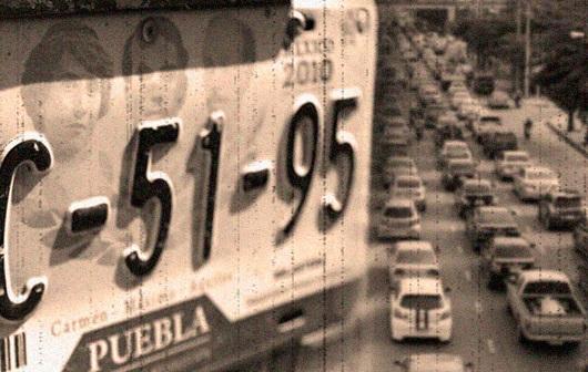 De tu aguinaldo aparta mil 500 pesos para placas y control vehicular
