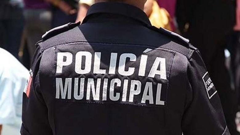 Cae otro policía municipal; fue sorprendido robando